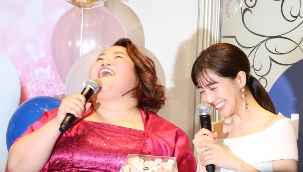 イベントに登場したゆいPさん(左)、田中みな実さん(右)