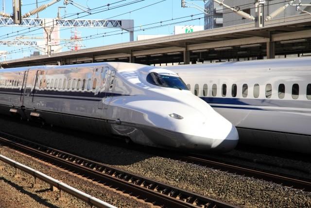 新型コロナで東海道新幹線の利用客半減 せっかくの「のぞみ最大12本」新ダイヤも...
