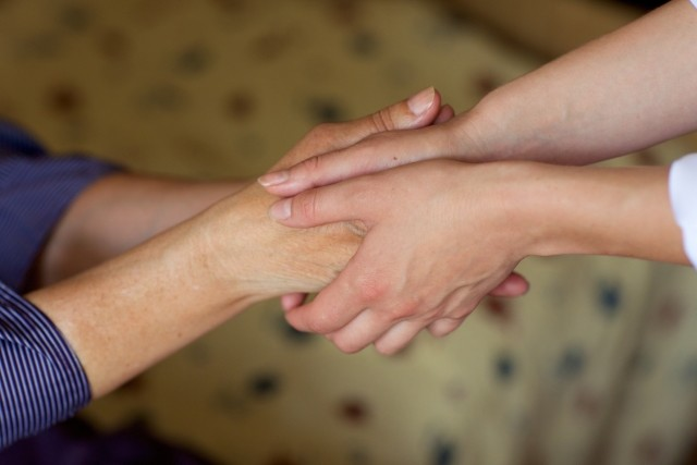 訪問看護師の女性が「コロナ差別」の体験を投稿(写真はイメージです)