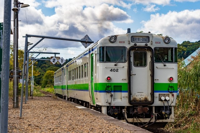 新型コロナが「葬式鉄」にも影響か 5月廃止の「1日1往復」ローカル線に珍事