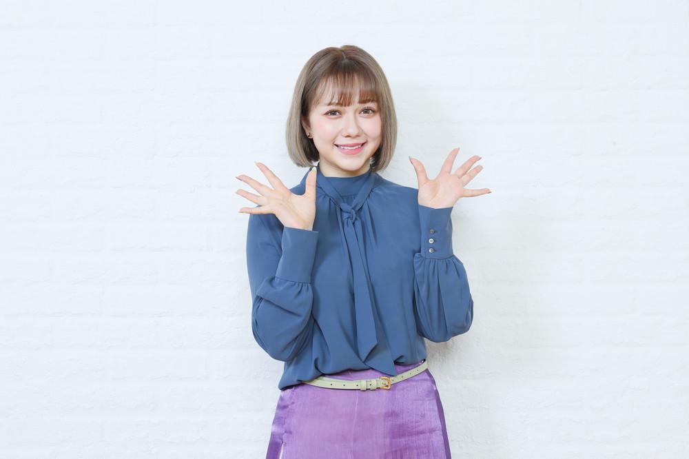 宮脇咲良さんの親友だという村重杏奈さんは、宮脇さんのHKT48への復帰について「早く帰ってきてもらってまた一緒にふざけてバカやりたいなと思います」と話した (c)Mercury