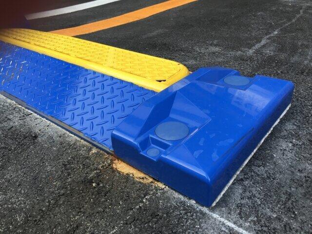 外出自粛でクルマ乗らず...駐車場にもコロナ余波 パーク24下方修正を市場嫌気