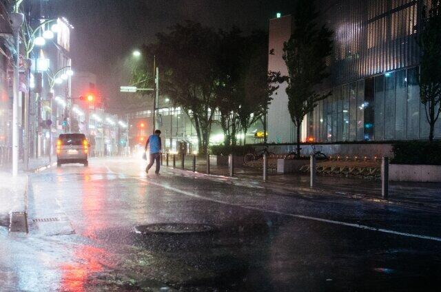 梅雨の季節は「気象病」が増えるとされる(イメージ)