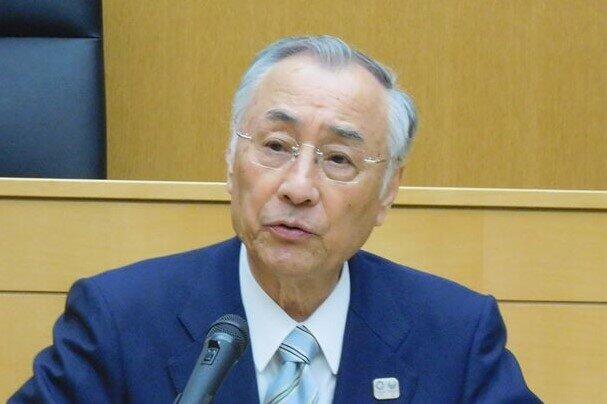 千代田区長「解散通知」を選管否定 区議会とのバトルは司法へ?