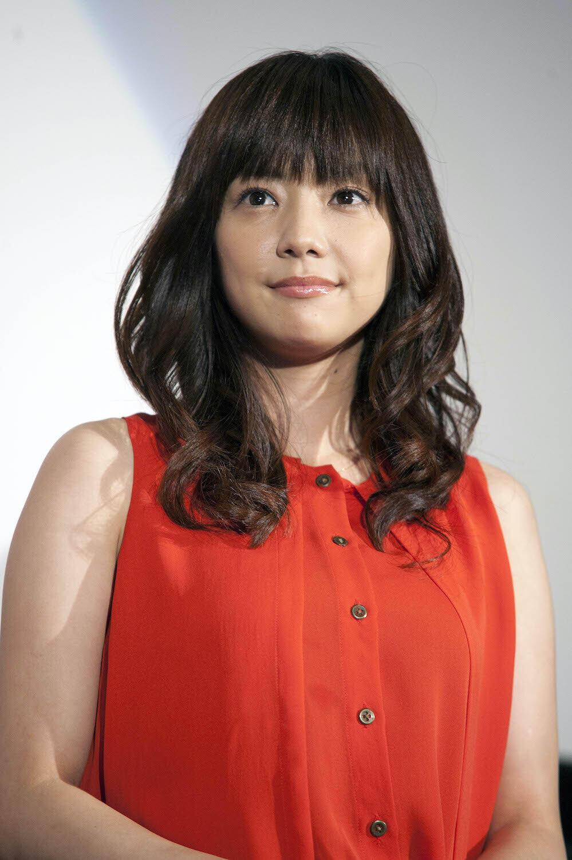 倉科カナ、40cmカットでイメチェン 「映画の撮影の為に髪を切りました」