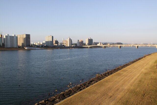 宮崎市内を流れる大淀川
