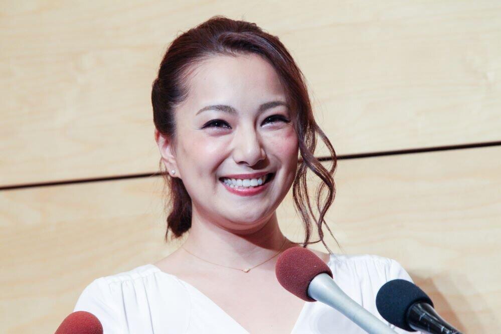 三船美佳、16年ぶりの出産を報告 「我が子と言うより孫の気分」
