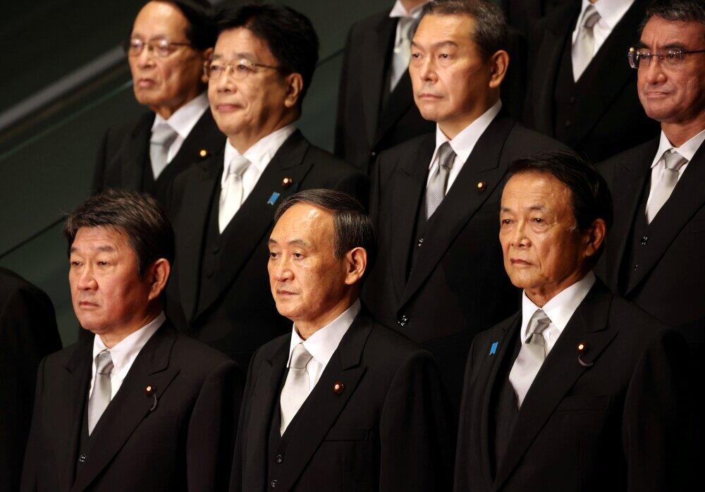 菅義偉首相と閣僚が集めた政治資金は20億円。その「透明度」が課題となっている(アフロ、2020年9月16日)