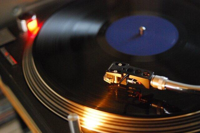 故・筒美京平さん、読者が100曲から選んだ「ベスト3」は... 「また逢う日まで」「木綿のハンカチーフ」抑えた名曲
