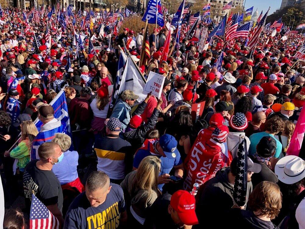 岡田光世「トランプのアメリカ」で暮らす人たち<br /> 「大統領令を!」――期限目前に祈るトランプ支持者