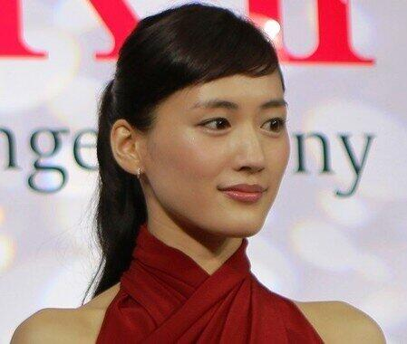 綾瀬はるかさん(2015年撮影)の演技に注目が集まった。