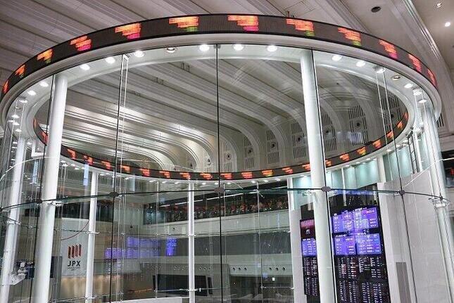 三越伊勢丹HDの株価の動向に注目が集まる(写真はイメージ)