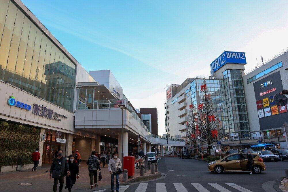 複数の大型店がある所沢駅前