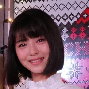 浜辺美波さん(2018年撮影)演じる「空」は、鉄拳をくらわせると息巻いてたが…