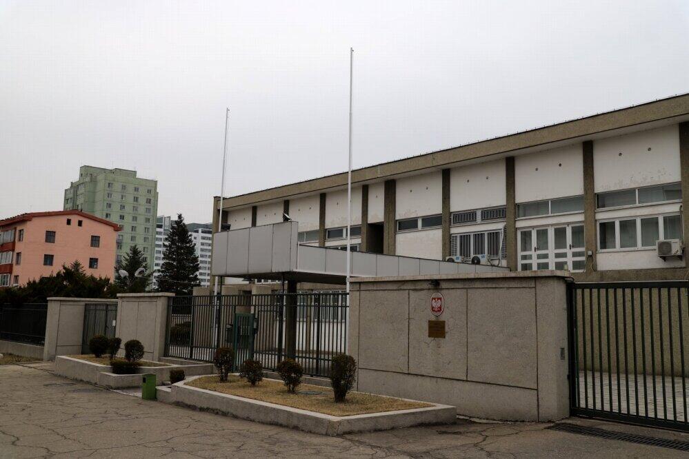 誰もいなくなったポーランド大使館。ロシア大使館員も「友人」として、よく訪れたという(在北朝鮮ロシア大使館のフェイスブックから)