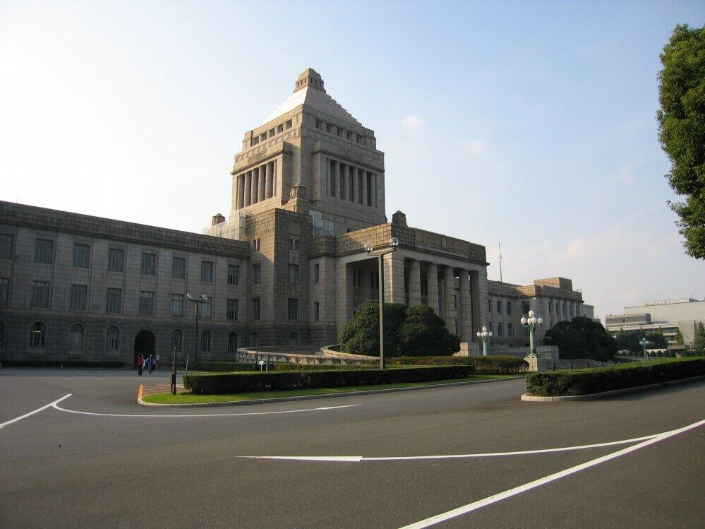 高橋洋一の霞ヶ関ウォッチ<br /> 法案の単純ミスは珍しくない 国会・政府あげて検討すべき重大事案ではない