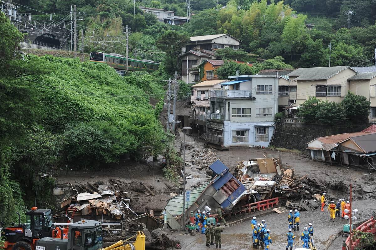 豪雨報道で取材打ち切り「避難してください」 「安全を最優先に」NHKアナの機転に称賛集まる