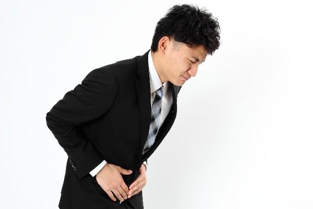 向き 胃もたれ 食後に横になるとき「右を下」にするのはNG