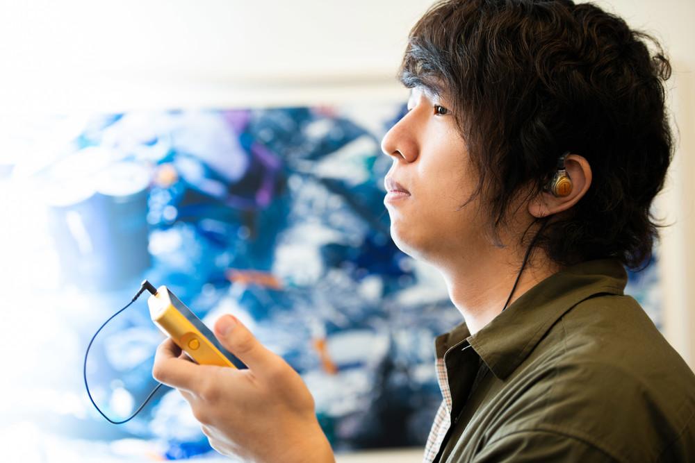 sajou no hanaとして生み出す新たなサウンド。作詞・作曲家 渡辺翔は「更に向こうへ」と進む
