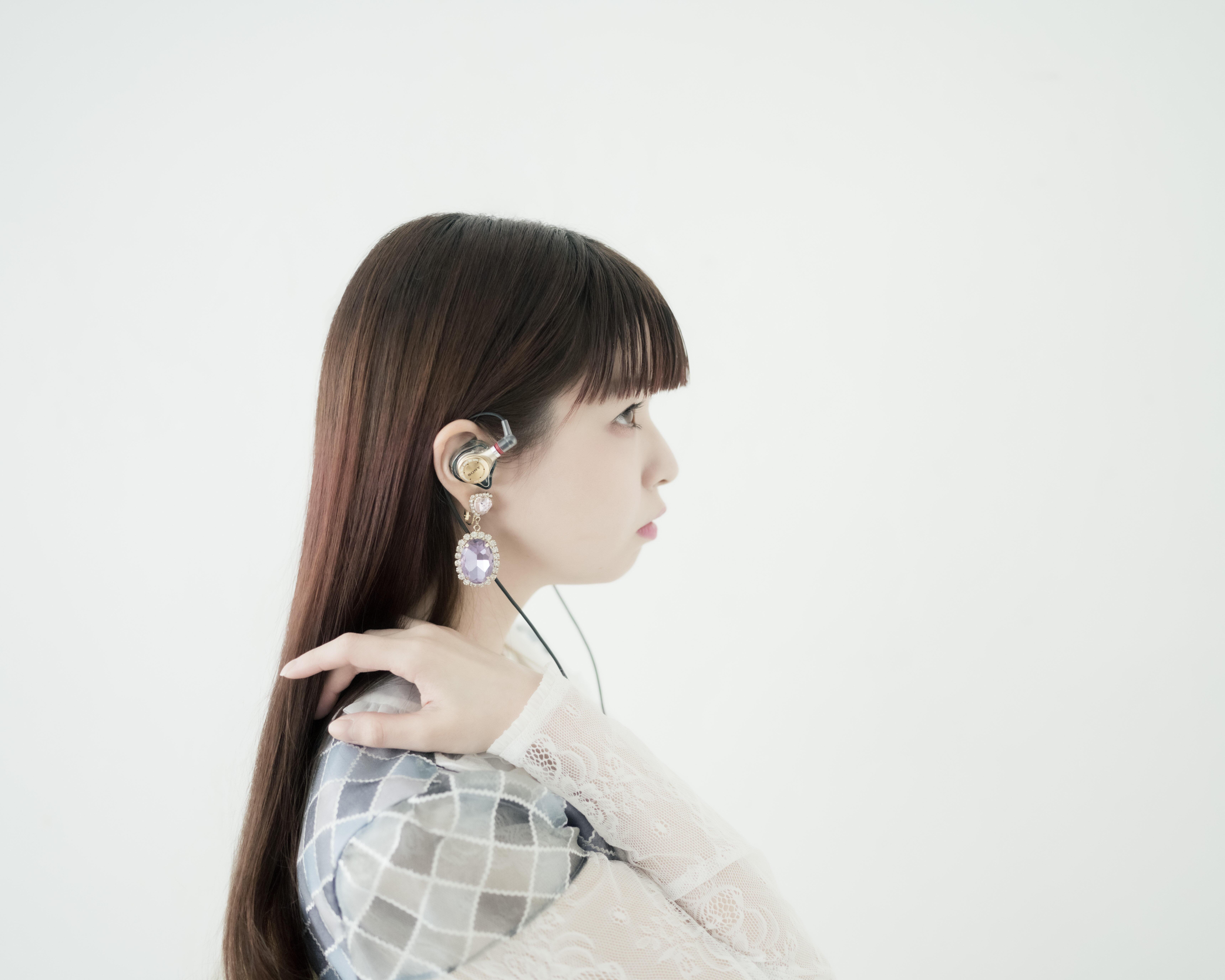 「ボーカルの息遣いを楽しんで」<br>Just ear : 春奈るな氏コラボモデルを限定発売