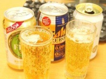 流行の「ノンアルコールビール」 仕事中に飲むのはマズイのか