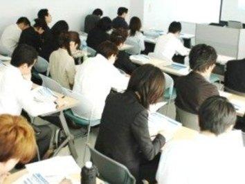 おかしくないか? 日本企業の8割超が感じる「人材不足」