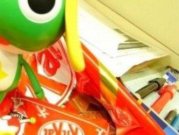 アニメのシナリオ会議には「新作お菓子」が欠かせない!