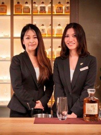 男同士で飲みに行ける「ウイスキーボトルバー」 接客は女性スタッフ、お酒作りの技術の高さもポイント