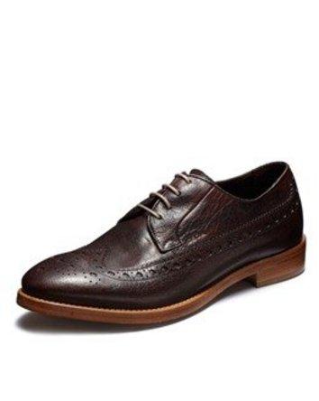 ムレムレの夏も快適に! ファッション性を備えたイタリアの「呼吸する靴」