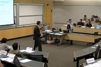 「採用で成績重視」なら日本の学生は勉強するのか? アメリカに学ぶべき3つの「双方向性」とは