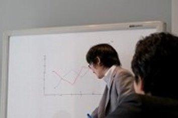 「小1時間の移動」の非効率 web会議で「仕事」が変わる