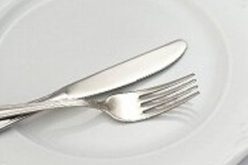 食べ物のリスクを「客」に押し付けるな 「中国製・期限切れ鶏肉」問題で問われる会社の基本姿勢