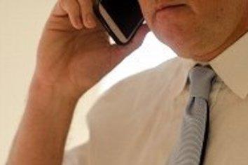 「親への報告」プレッシャーで休学した大学生も 「ほぼ毎日電話」は当たり前!?