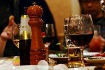 「今度、飲みに」の実現度で年収に差が!? 「仕事のできる人」とIQと礼儀の関係