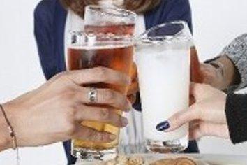 酔いつぶれても周りから感謝される「飲み方」