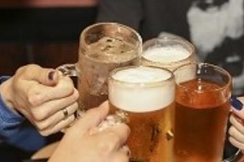 様変わりした「学生の飲み会」 「未成年も参加」版で大変なコト