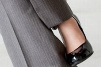 「女性課長がいる」が9割近く 日経「人を活かす会社」調査