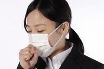花粉症なので「社内でマスク」はOK? 場面別「セーフ・アウト」の判定基準【好感度アップの服装術】