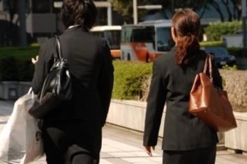 母親が就活で子供に望む 「公務員・大企業より人気」の仕事とは