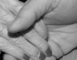 日立、少子高齢化に対応し手厚い給付金 介護離職に賃金半分を最大1年