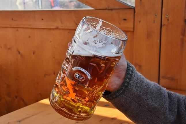 3時からビール、早すぎますか