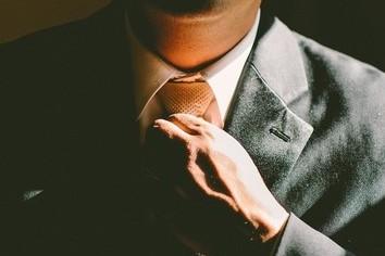 転職者は学生より服装に無頓着 面接で減点されないポイントは