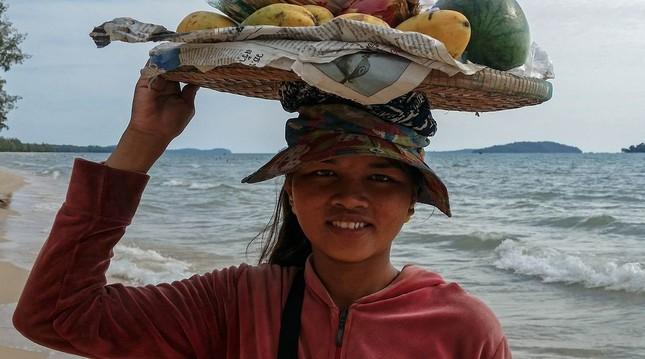 カンボジア、人件費の安い国