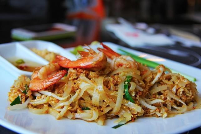 タイ料理を楽しみながらのんびり暮らす?