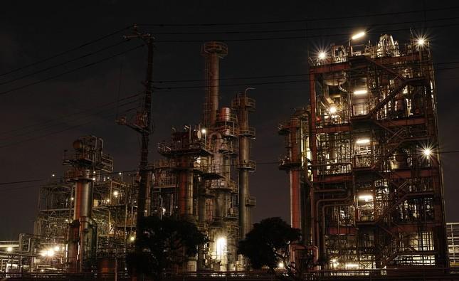 工場の理想は産業革命以来24時間操業(写真はイメージです)