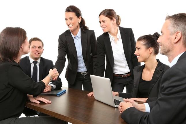 どの女性社員とも同じ態度で接すること