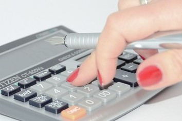 投資で損しても税金で取り戻す 2016年分確定申告の注意点