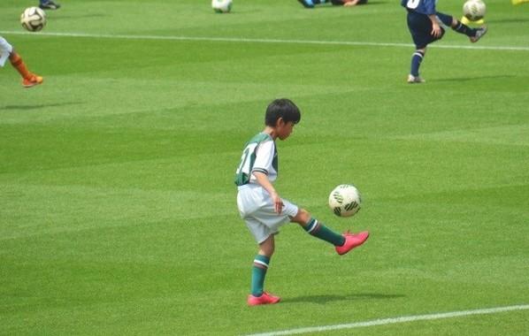 男子のなりたい職業、サッカー選手は第2位だった