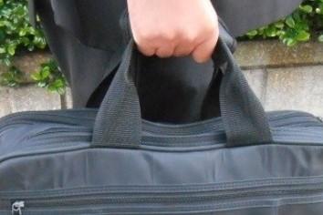 授業後に面接が... 大荷物を抱え、どうしたらいい?
