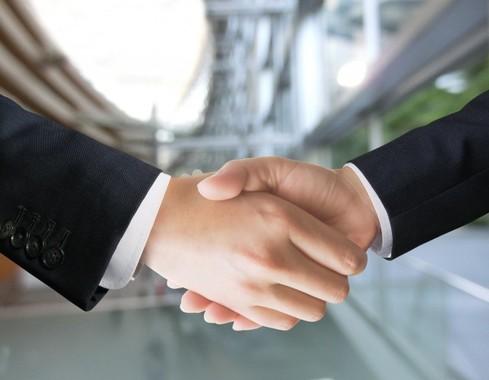 経営統合が実現すれば、総資産8兆円超の銀行グループが誕生する